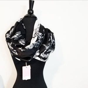 🍒NWT🍒 TED BAKER REVERSIBLE SILK INFINITY SCARF